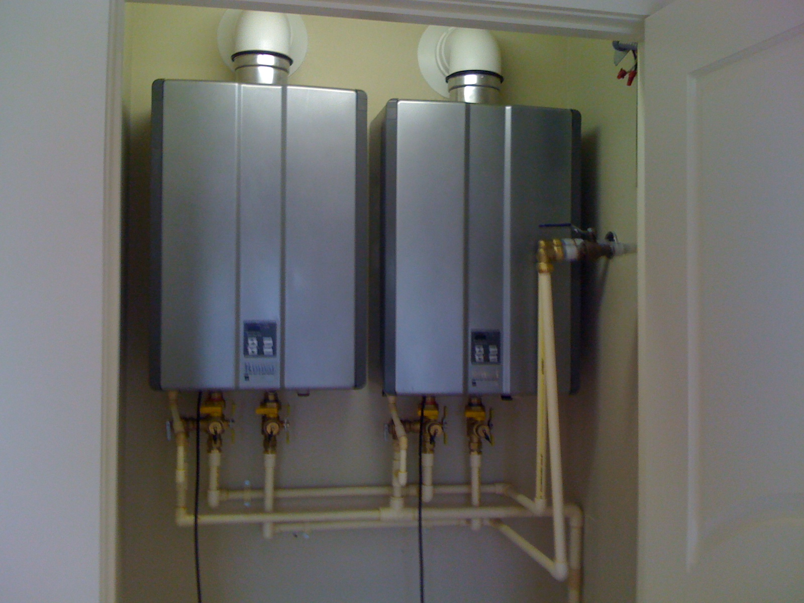 Plumbingandhvactips Com Saving Space With Tankless Water